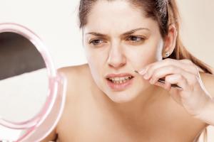 overbeharing-vrouw-gezicht